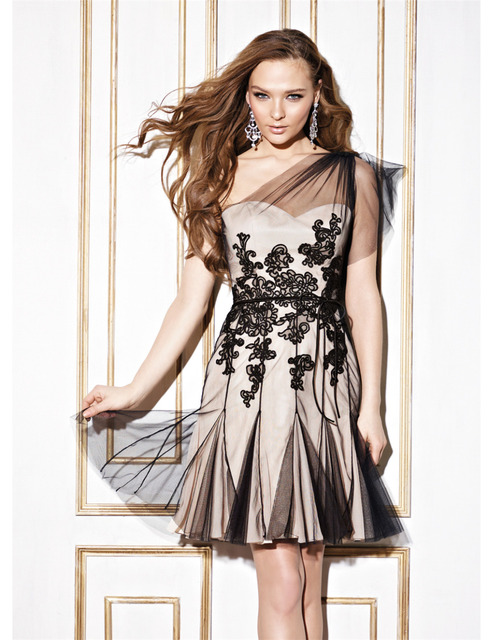 Black Short Lace Ball Gown Lily Collins Graduation Prom Dresses 2015