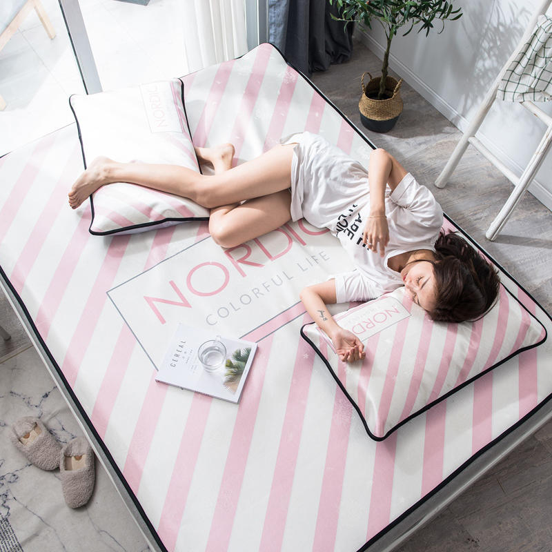 Summer Ice Cool Mat Bedding Set Pink Stripe Pattern 3pcs Flat Bed Sheet Pillowcase Set Comfortable