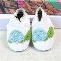 Patrón encantador Del Bebé Zapatos de Suela Suave Cuero Genuino Botines Prewalker Bebés Fringe Mocasín Zapatos de Cuero de Vaca