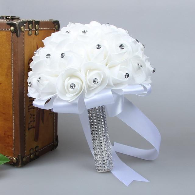 2017 Impresionante Rosa artificial Ramo de La Boda de Dama de Honor Ramos de Novia flores de La Boda Blanca con Blanco Marfil Que Sostiene Las Flores