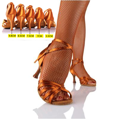 21Tyles High Quality Satin Ladies Latin Dance Shoe Kvinder Ballroom Rumba Chacha Samba Doble Dansesko Valgfri Hæl 211