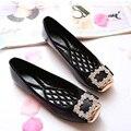 Elegante Praça Rhinestone Mulheres Flats Marca de Couro Macio Sapatos de Barco Mulher Sapatos Casuais Senhoras Flats Plus Size 42 Frete Grátis