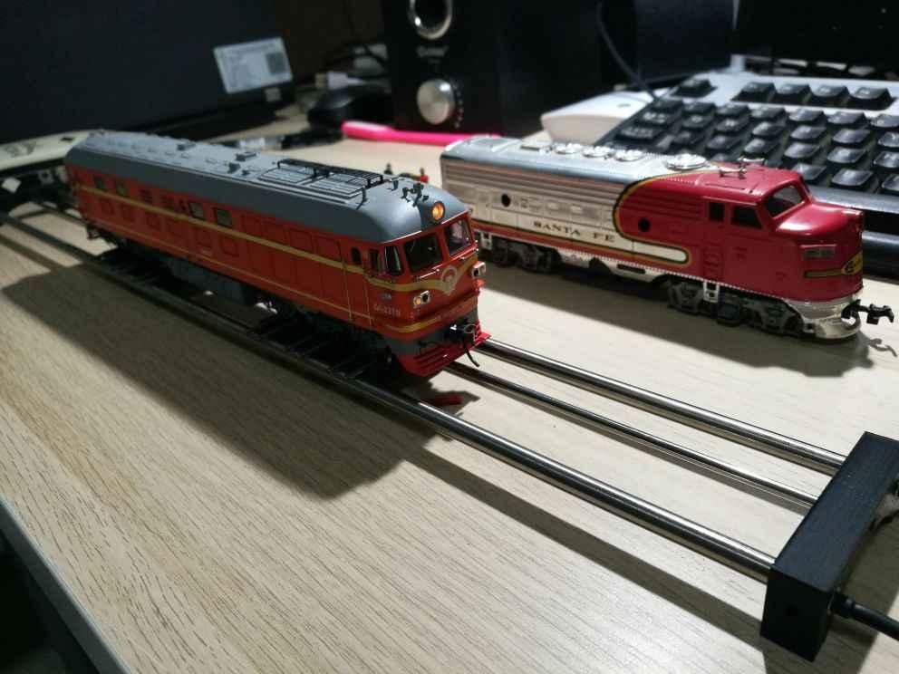 1/87 Model Train Ho Scale Accessories DC/DCC Treadmill Free Shipping