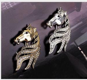 Image 4 - Trung quốc zodiac horse head snaps một corsage pin trâm khóa