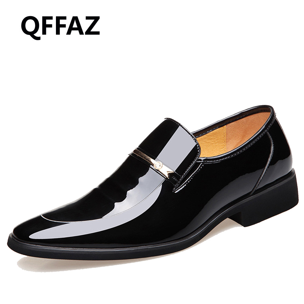 QFFAZ Men's Leather Shoes Genuine Leather Wedding Pary Shoes Men Fashion Patent Leather Dress Shoes Oxford Men