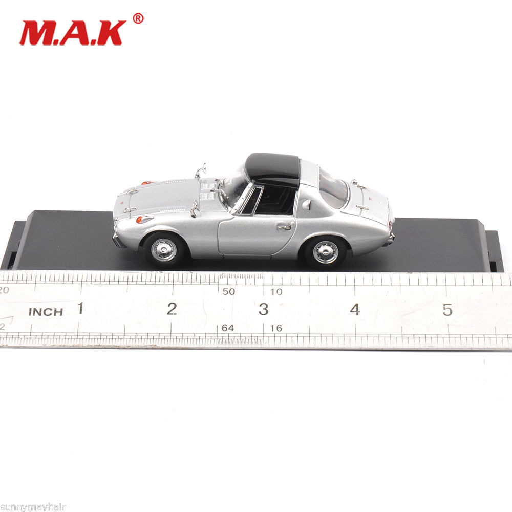 Collectible Car Model Toys 1:43th Sports 800 1964 Diecast Vintage Vehicle Alloy Car Model Toy Gift