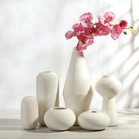 Elegant Simple Ceramic White Striped Modern Vases Decoratives Porcelain Tabletop & Floor Vase For Homes Decoration