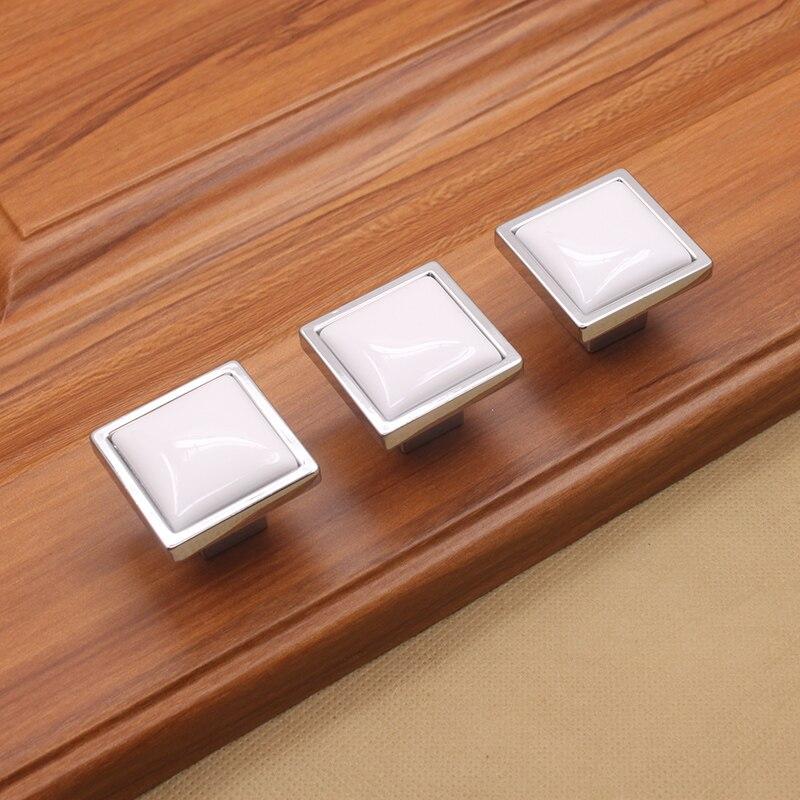 US $3.15 10% di SCONTO Pomelli In Ceramica bianca Quadrata Dresser Tira  Maniglia manopola Del Cassetto Bambini Manopole Armadio Da Cucina Maniglia  ...