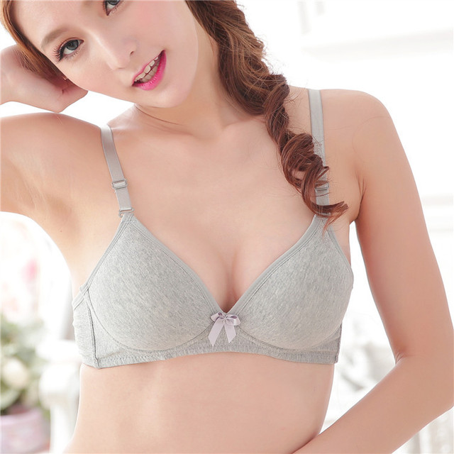 Sexy Student Puberty Girl Bra Wire Free Student Girl Push Up Bra Gather Breast Sexy Bra Fashion Thin Cup Maiden Small Cup Bra