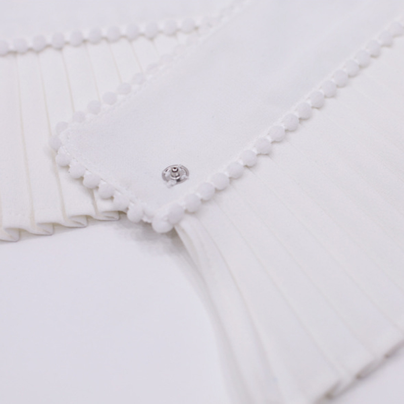 TWOTWINSTYLE Beading Cuff For Women Ruffles Pleated White Hidden Breasted Cuffs Spring Female Vintage Fashion
