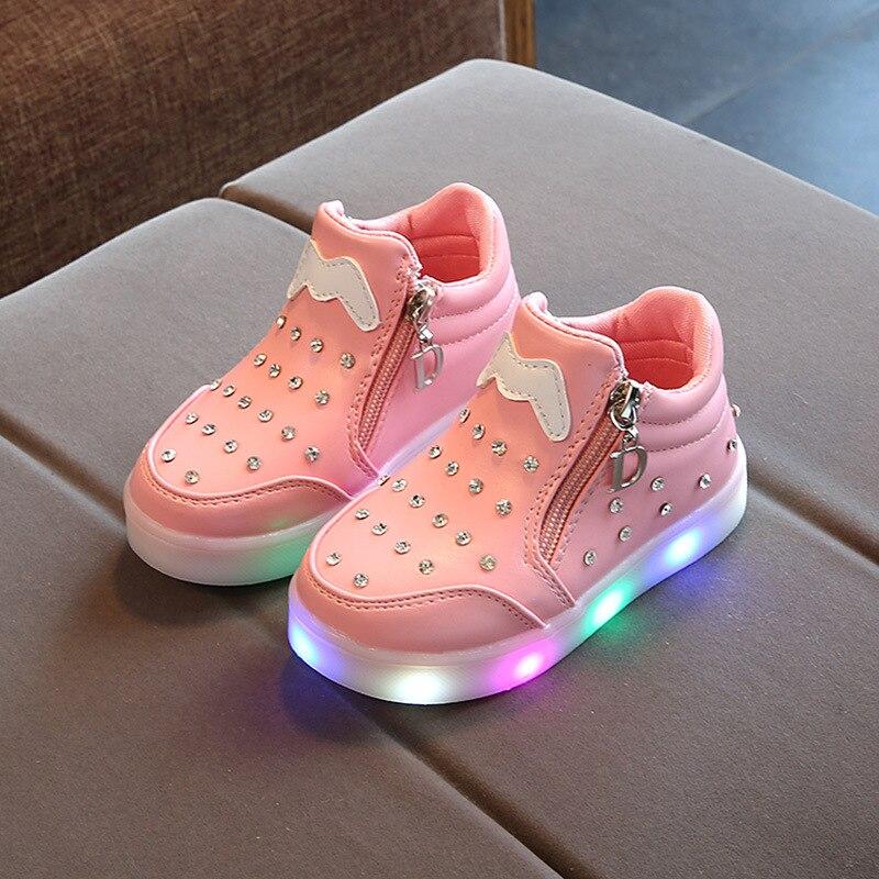 100% De Qualité Justsl 2018 Nouveau Chaussures Led Pour Enfants éclairé Chaussures Décontractées Cristal Dessin Animé Filles Chaussures Pour Revigorer Efficacement La Santé