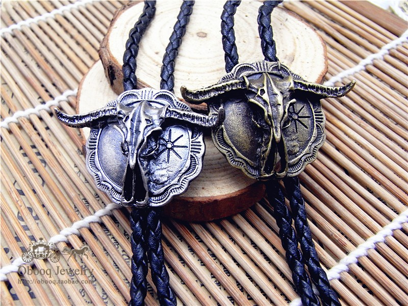 Bolo Tie Retro Bull Head Shirt Chain Bison Cow Poirot Led Rope Leather Necklace Long Tie Hang