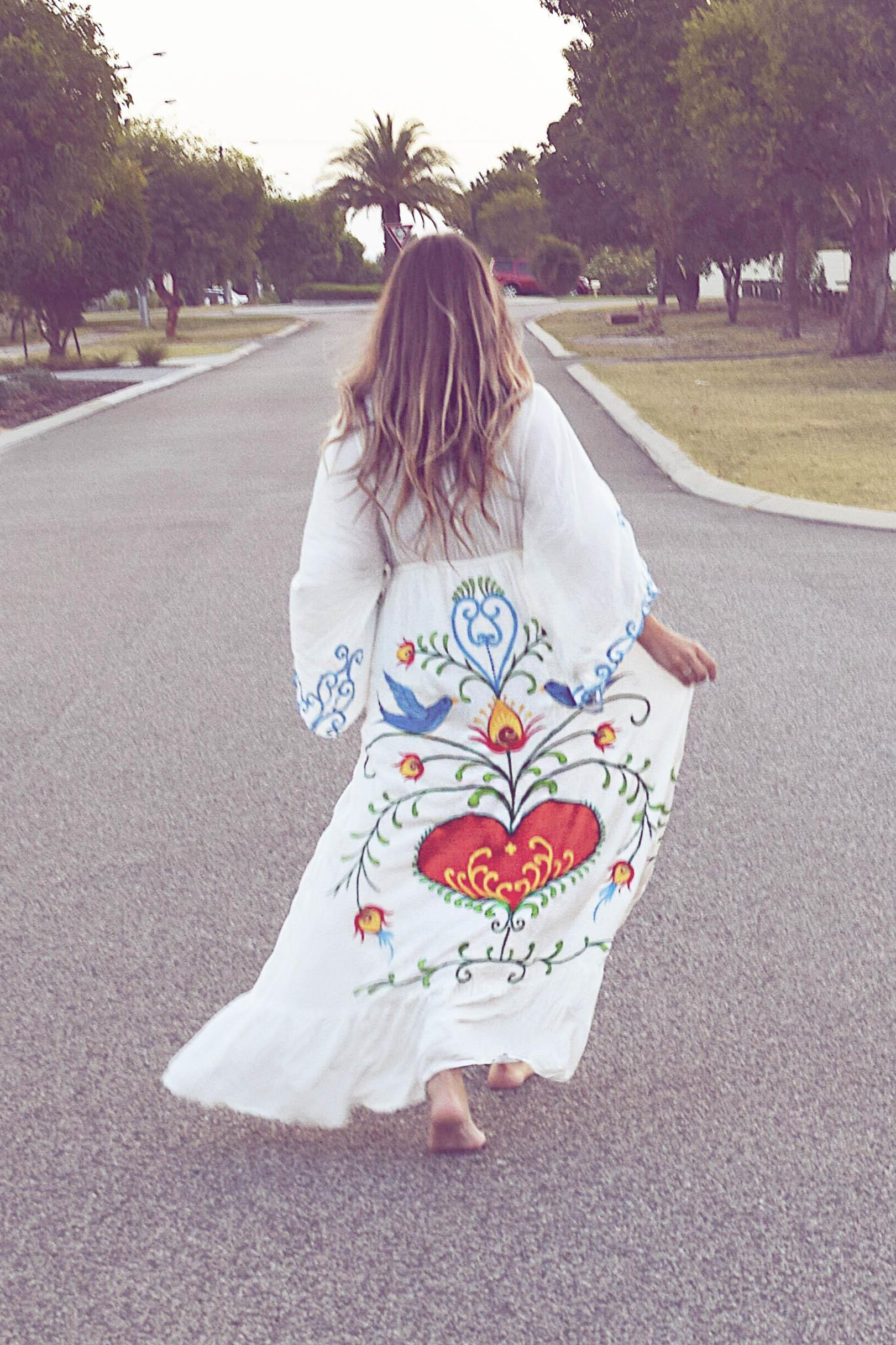 HTB1ap49nvDH8KJjy1Xcq6ApdXXas - Jastie Embroidered V-neck Batwing Sleeve Loose Maxi Dress Plus Size Dress-Jastie Embroidered V-neck Batwing Sleeve Loose Maxi Dress Plus Size Dress