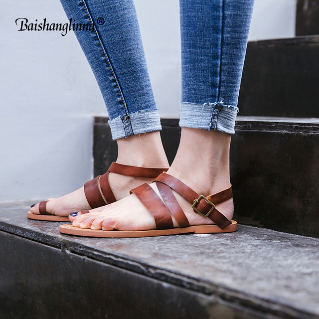 2018 Women Sandals Genuine Leather Casual Women Shoes Fashion Summer Solid Color Sandals Buckle strap handmade flat sandals new
