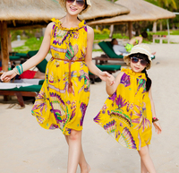Mother Daughter Matching Dresses 2016 Summer Style Floral Printed Chiffon Beach Dress Family Look Girl And