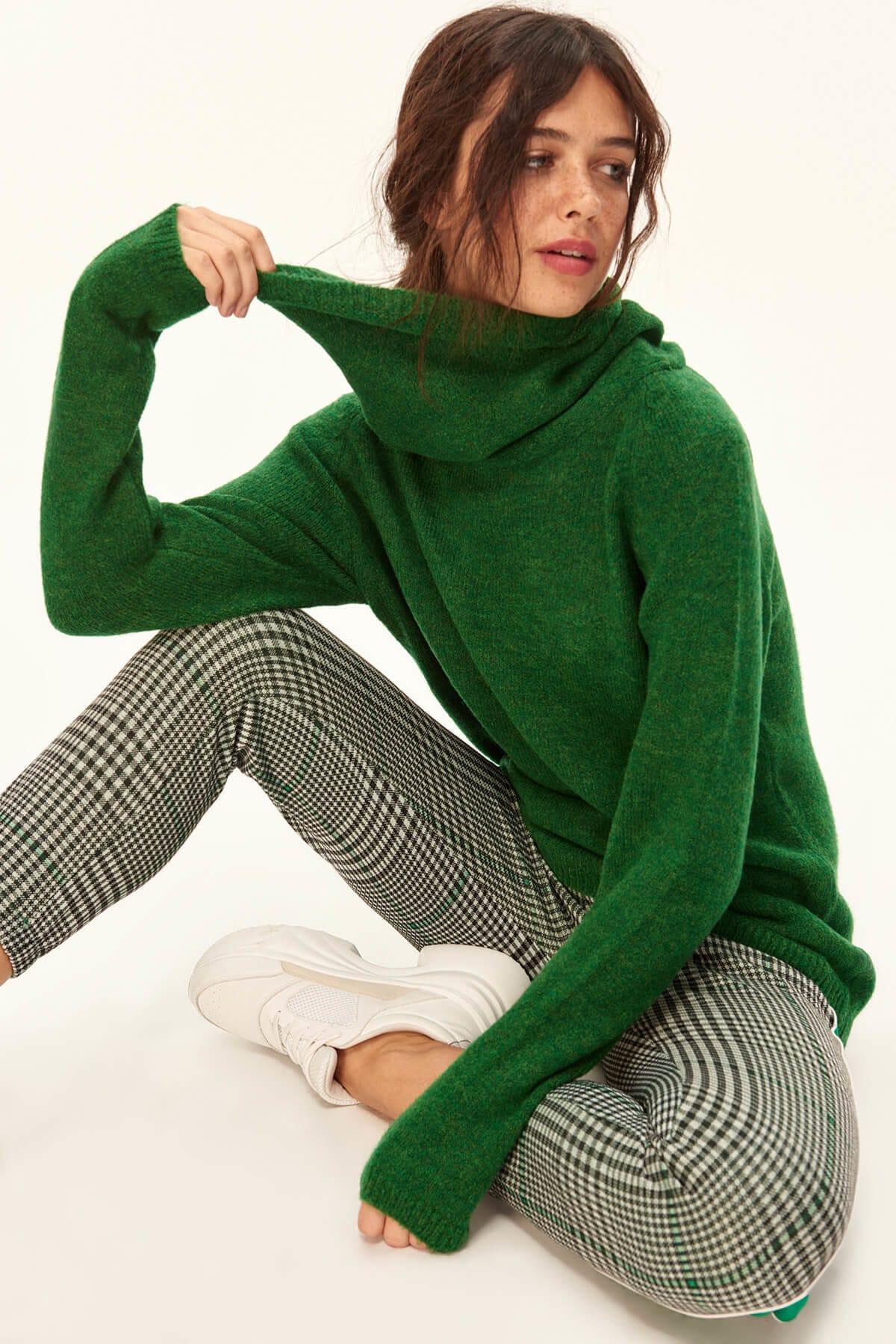 Trendyol Women Green Turtleneck Pullover Sweater TWOAW20FV0037