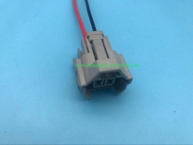 Aliexpress.com : Buy 2 Pin Top Slot Female Automotive Fuel Injector ...