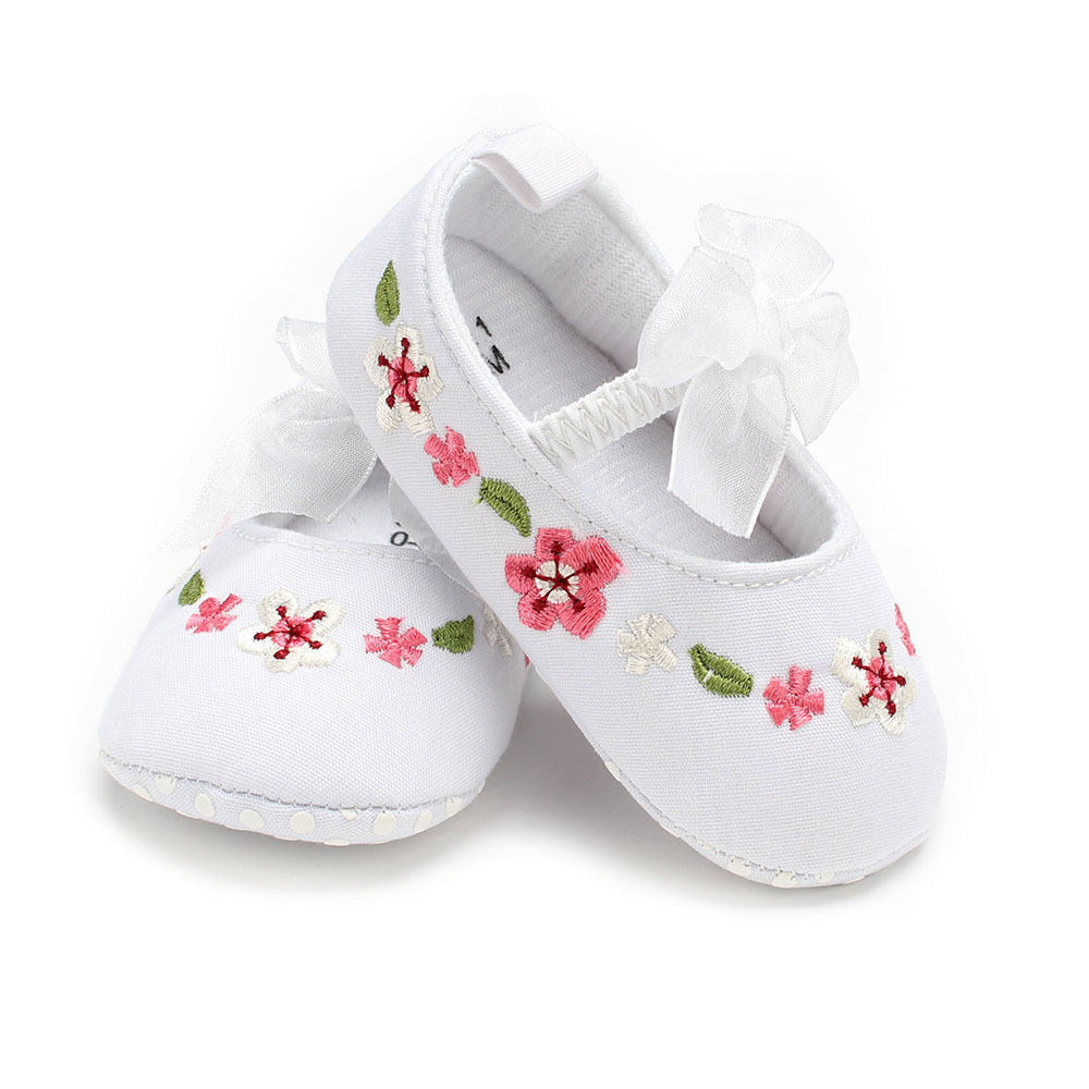 New Baby toddler shoes soft bottom bow spring Chinese style girls baby non-slip shoes 0-12 months GXJ190