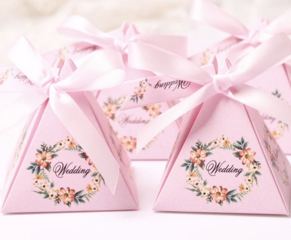 Aliexpress.com : Buy Creative Floral Triangular Pyramid Wedding ...