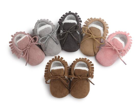 2016 Baby First Walkers Soft Bottom Fashion fringe Baby Moccasin Tassels Winter Warm Boots Winter Shoes for Kids 6 Colour