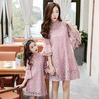 Corrispondenza madre figlia si veste per le ragazze bianco rosa abito di pizzo flare manica abiti plus size abiti da spiaggia famiglia clothing