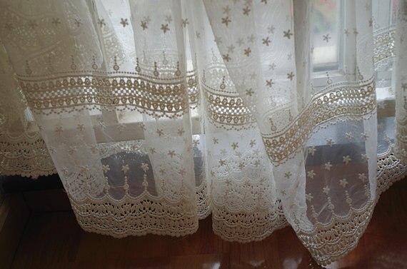 Tela de encaje de tul bordada en algodón crema con flores de - Artes, artesanía y costura - foto 3