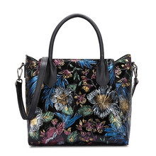 2017Women Vintage Genuine Leather Bags Flowers Handbags Ladies Original National Style Famous Women Tote Brand Shoulder Bag