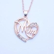 056bd05663d6d Mode Coeur Forme Lettre Maman Pendentif Colliers Haute Qualité Mamans  D'anniversaire Bijoux Mère de Jour Pendentifs Cadeau
