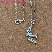 24pcs / lot Ancient silver Alloy Cute little swallow bird Charms Pendant Necklaces 18 inches Chains Jewelry DIY A-253d