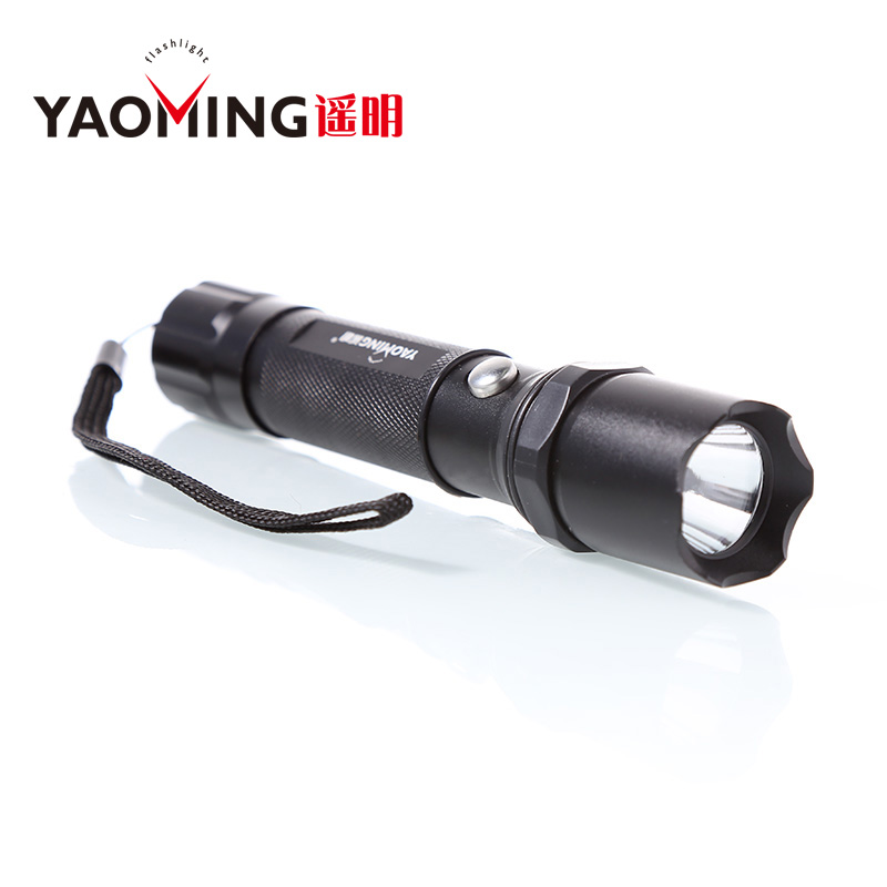 Best selling classic tactical flashlight rechargeable waterproof LED torch by 18650 or 3AAA linterna led