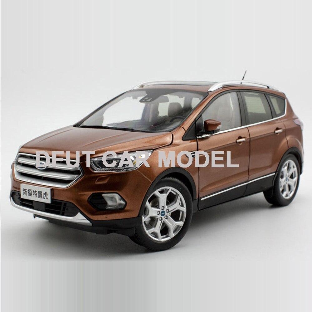 Echelle 1:18 Ford kuga voiture modèle moulé sous pression jouet de voiture nouveau dans la boîte pour cadeau/Collection/enfants/décoration