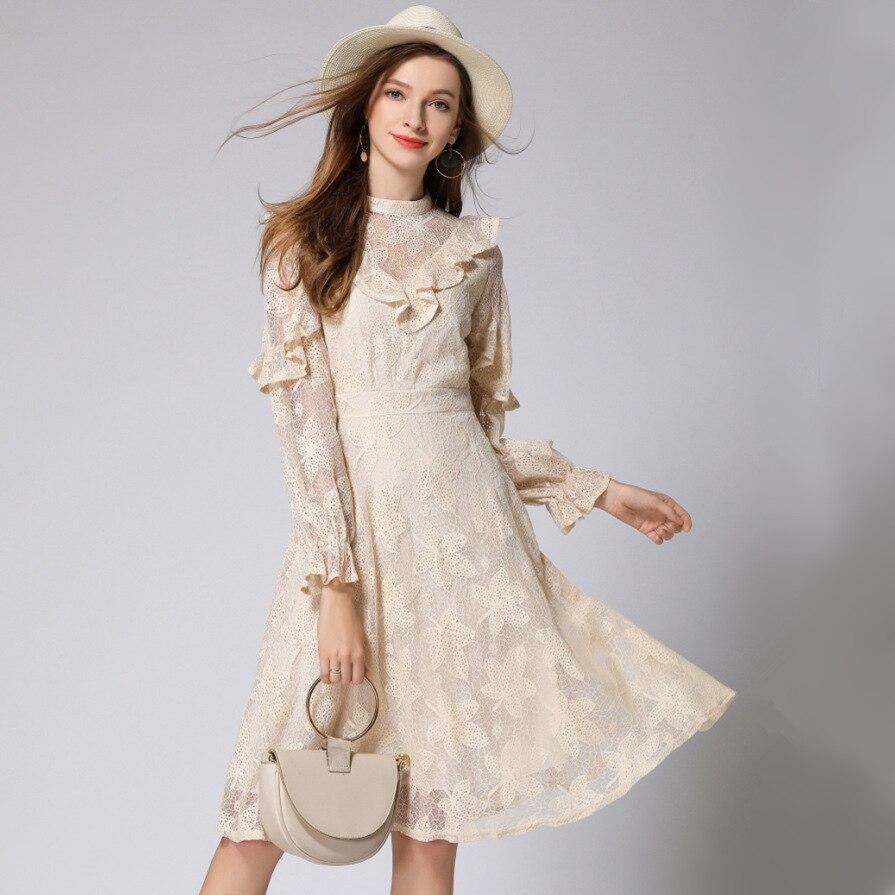 2018 automne nouvelles femmes robe à manches longues à volants tempérament dame ajouré brodé longue dentelle robes