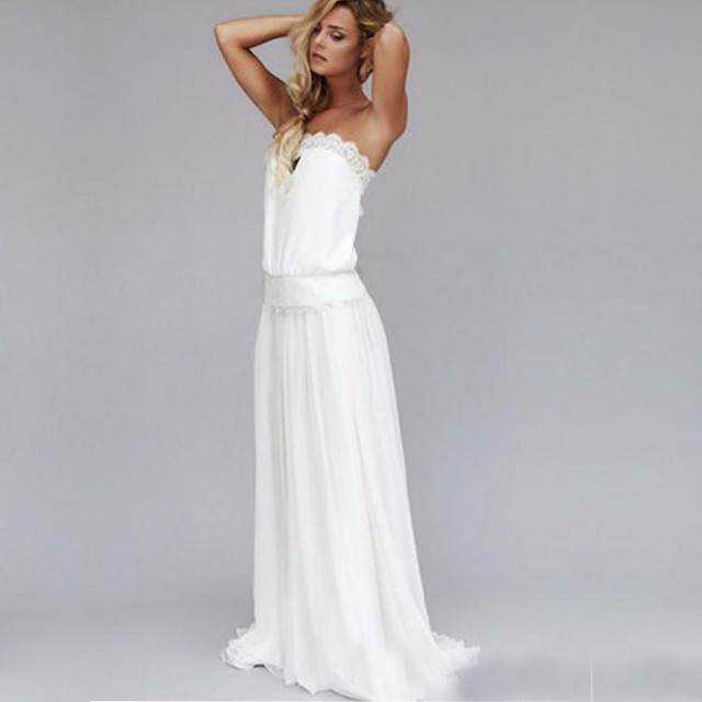 Simple Summer Style 2017 Vintage Sexy Beach Wedding Dresses Strapless Backless Lace Ribbon Empire Waist Bohemian