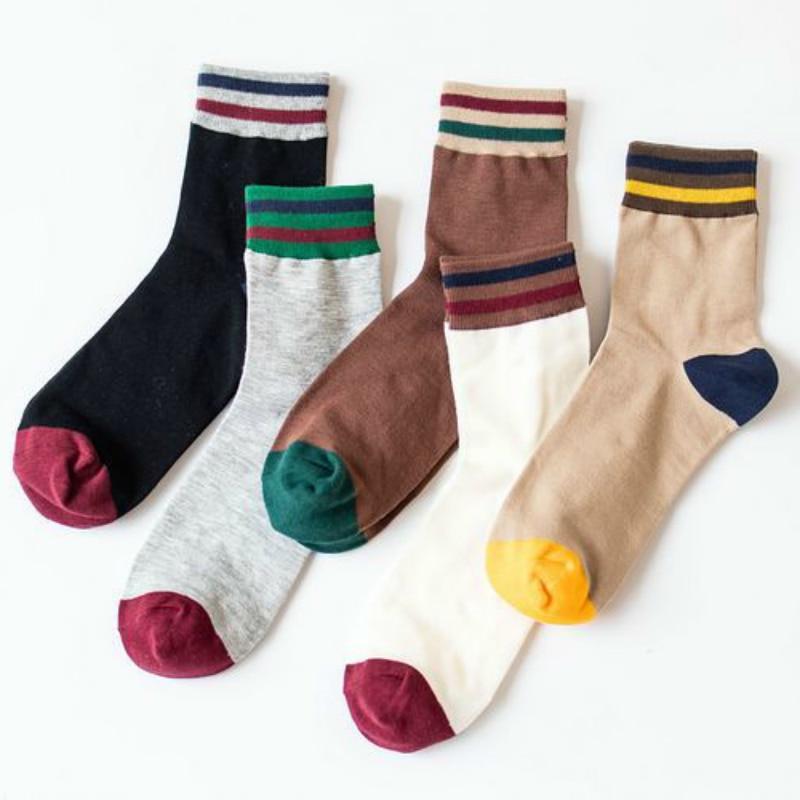 Autumn And Winter Men Large Edition Creative Mens Spelling Color Socks Joker Man Cotton Happy Funny Socks Dress