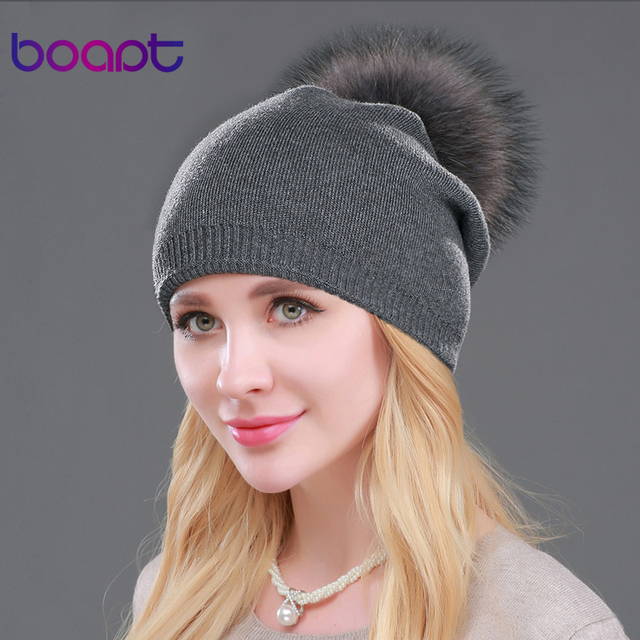 BOAPT Осень зима шапочки серый черный вязаный шерстяной повседневная шапка с реальными мех енота помпон сплошные цвета женские вязаные шляпа шапки шапочки вязаная женская зимние шапка зимняя балаклава для девочек кепка