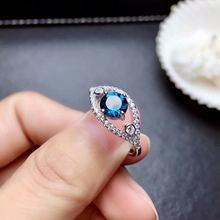 Женское кольцо из серебра 925 пробы с натуральным топазом 6