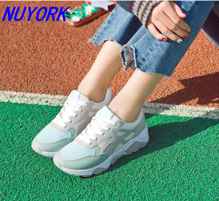 New listing hot sales Summer breathable sports shoes PU woman running shoes 1709