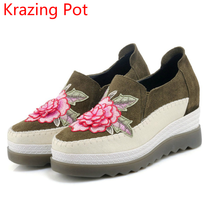 Fashion Cow Suede Embroidery Wedge High Heels Platform Slip on Flowers Sneaker Round Toe Handmade Women Brand Casual Shoes L10 nayiduyun women casual shoes low top platform wedge high heels boots round toe slip on pumps punk chic shoes black white sneaker
