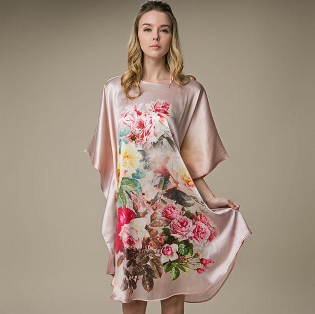 Plus Size 100% Vestido de Seda Casa Casuais Cópia da Flor das Mulheres Chinesas Robe Sexy Camisola Curta Sleepwear Kaftan vestido de Roupão de banho