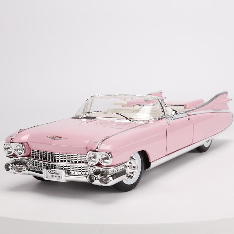 1:18 modèle de voiture de sport en alliage moulé sous pression jouets pour Cadillac Elvis avec commande de volant volant avant jouet avec boîte