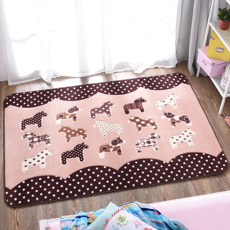 Tapis de salon pour chambre d'enfants tapis de poney mignon de bande dessinée tapis anti-dérapant de velours de corail tapis de plancher décoratif de tapis rampant de bébé