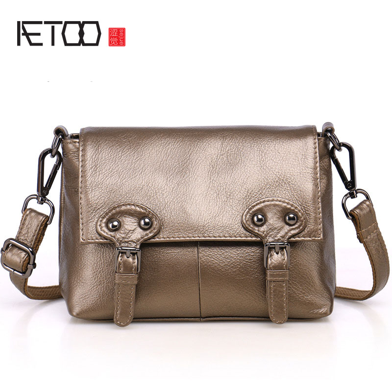 AETOO New leather handbags first layer of leather handmade postman package shoulder diagonal package aetoo original leather handbags 2016 new shoulder diagonal cross small bag ladies simple first layer of leather soft leather mes