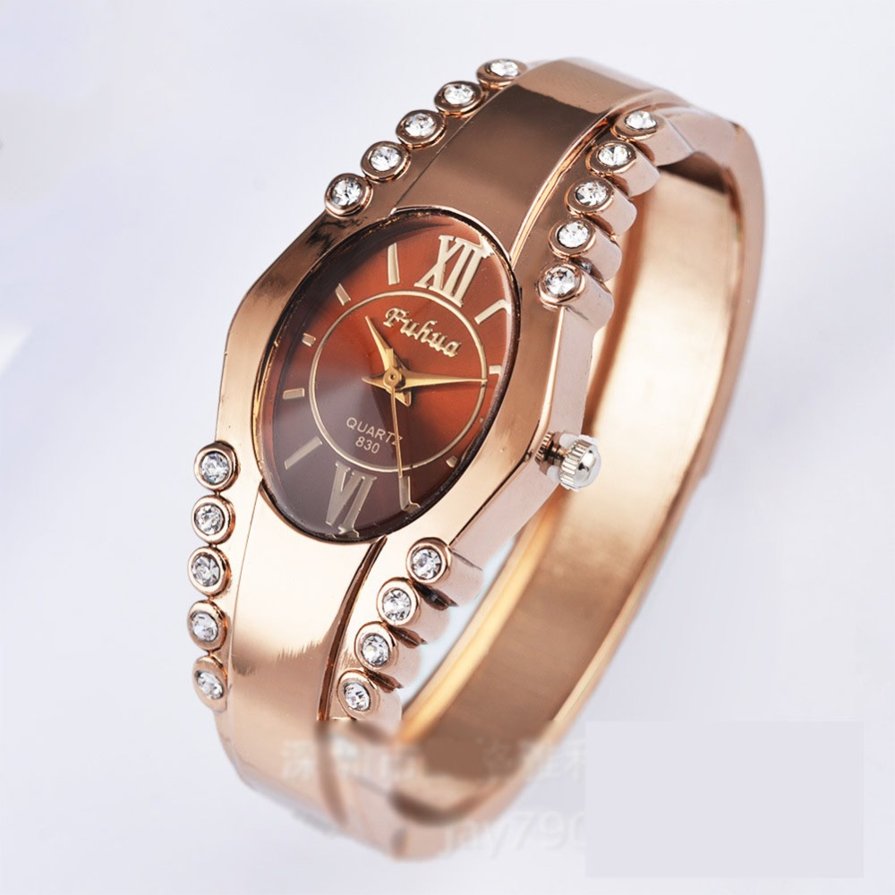 016 new watches simple fashion lady rose gold bracelet watch Korean version of the trend of personalized watches watch