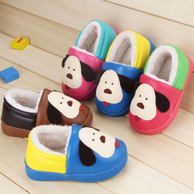 Slippers in winter with warm plush and waterproof PU, kids girl and boy slippers print puppy, chaussure enfant home floor shoes