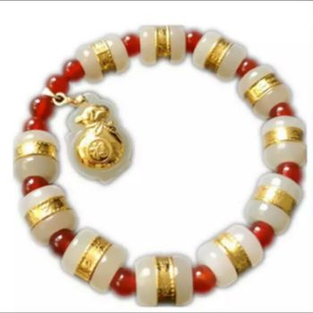 For the double eleven special gold and Tian Baiyu can take a variety of small jewelry bracelet exquisite beyond compare