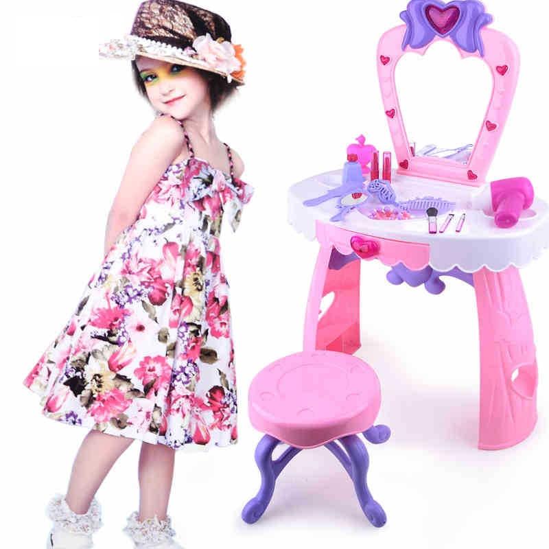 Девушки игрушки туалетный столик