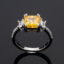 Huitan Vintage Women Party Ring Elegant Surprise Present For With Yellow Cubic Zircon Cocktail Ladies