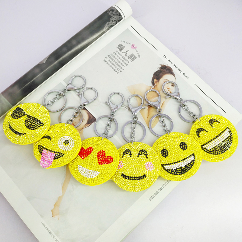 6pcs/set Funny Key Chains QQ Face Expression Rhinestone Keychains Bag Pendants Decoration Jewelry Ornaments Phone Accessories