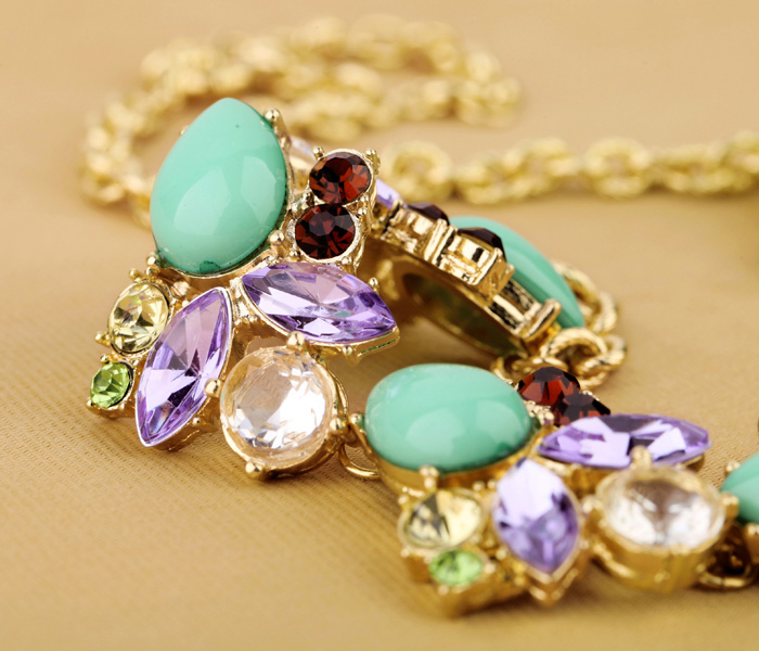 2017 New Design Tear Drop Acrylic Sweater Chain Necklace Ethnic Statement Green Vintage Fashion Necklace Jewelry