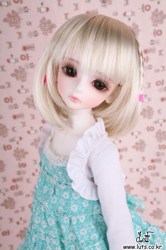 1/4 scale BJD lovely kid BJD/SD cute girl luts Delf BORY Resin figure doll DIY Model Toys.Not included Clothes,shoes,wig
